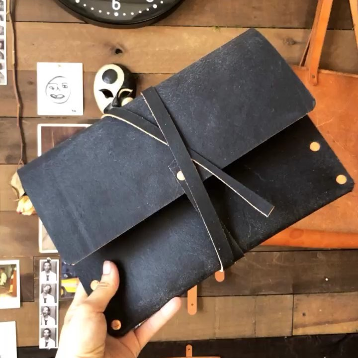 Clutches are back …