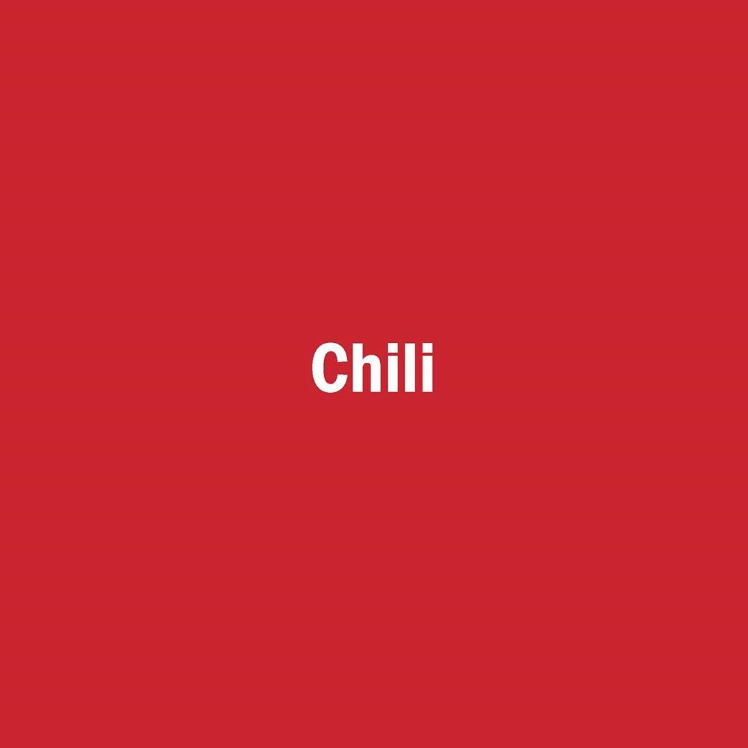 Chili color available …